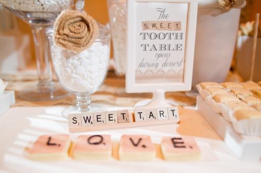 Burlap Rosettes Candy Bar