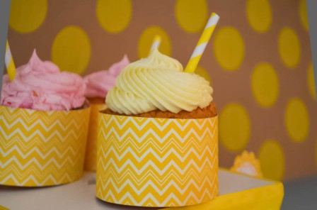 Peach Bellini Cocktail Cupcakes